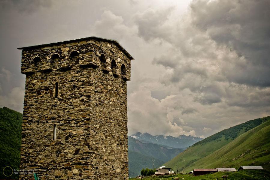 сірі башні грузія